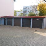 Blechdächer. Garagen